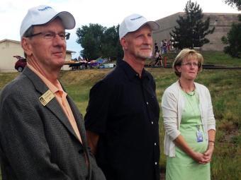Mayor Murphy, Reg and Wanda